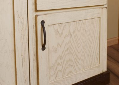 entertaining-ideas-chesapeake-guestbed-cabinet_view1